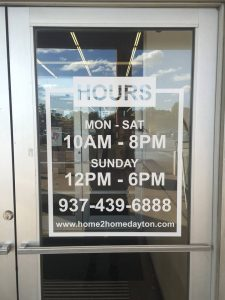 Store hours of operation